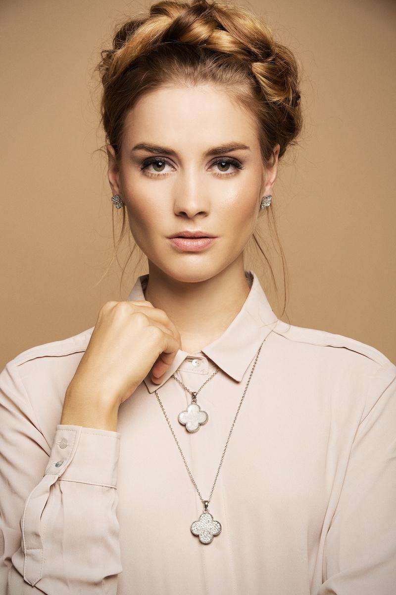 CANDY JEWELS I Hair & Make-up: Melanie Volkart Photographer: Ellin Anderegg  Model: @ Fotogen