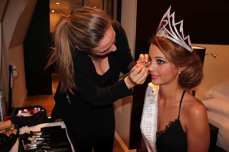 Backstage with Miss Switzerland Laetitia Guarina at the Schweizer Illustrierte Shooting