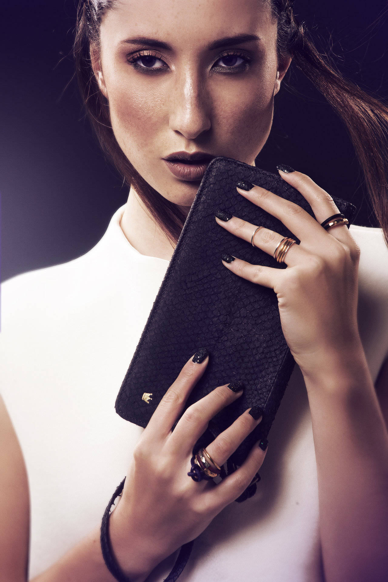 ROYAL BLUSH I Hair, Make-up & Manicure: Melanie Volkart Photographer: Ellin Anderegg Model: @Fotogen